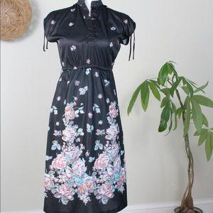 Vintage | 70s Black Floral Midi Dress